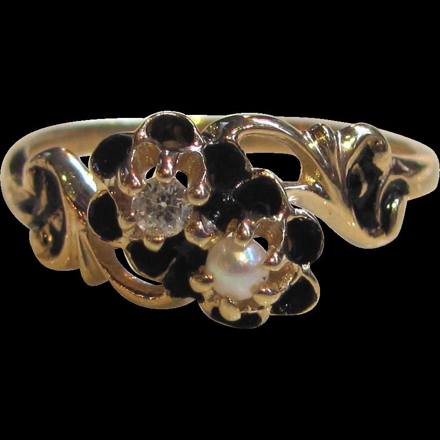 Victorian 14K Diamond Pearl Enamel Ring Circa 1880