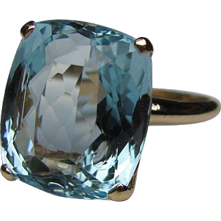 Vintage 14K Aquamarine Ring 11cts.