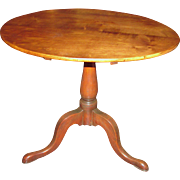 Antique American Maple Tilt Top Tea Table Circa 1790