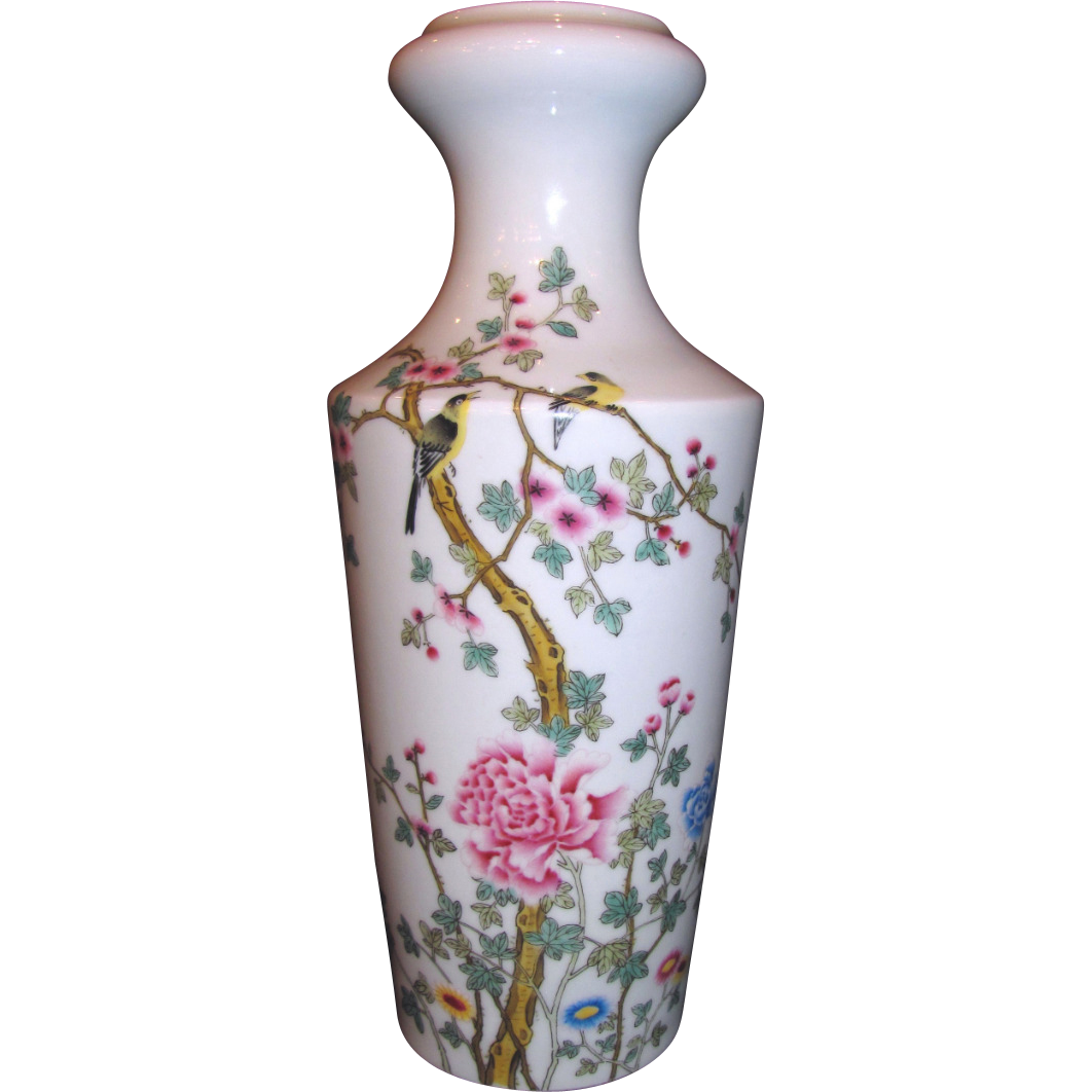 Antique Chinese Republic Period Famille Rose Vase Circa 1920