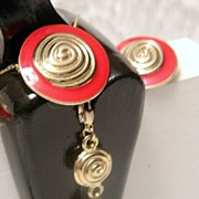 Versatile and Striking Red Enamelled Demi-Parure
