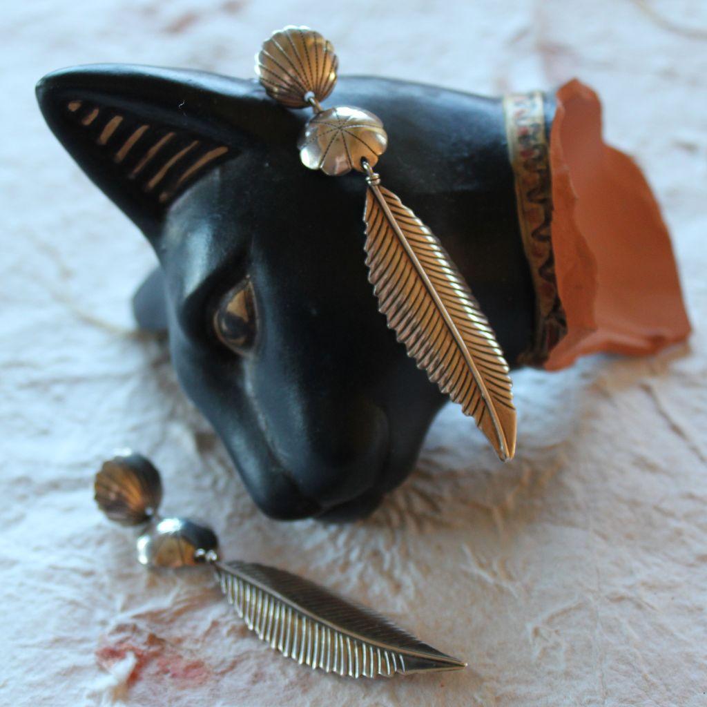 Bijoux American Vintage : Sinuous sterling navajo feather earrings sold on ruby lane