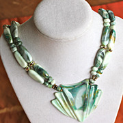 Plastic Fantastic Green Marbled 60's Necklace