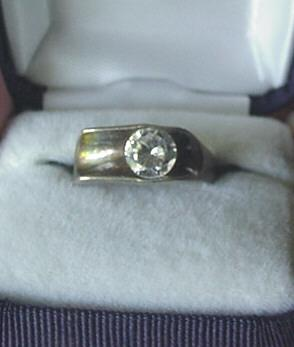 Vintage Sterling Silver Mid Century Modenist Ring with Stone