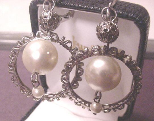 Vintage Jewelry Faux Pearl Drop Earrings