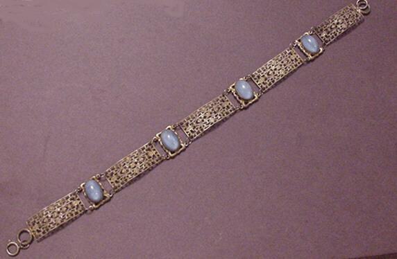 Vintage Jewelry Edwardian Design Filigree and Rhinestone Dog Collar Necklace