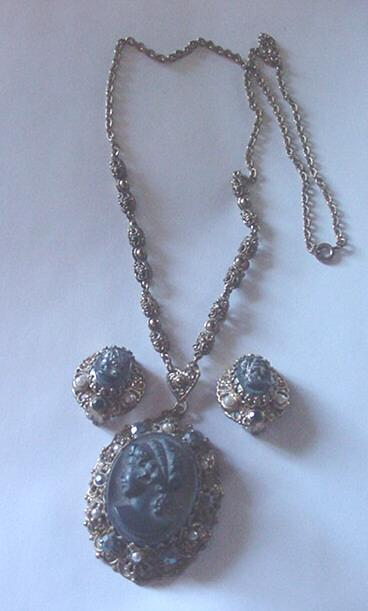 Filigree with Glass Cameo Lavalier Necklace and Earrings