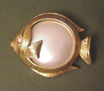 Napier Faux Pearl Fish Pin