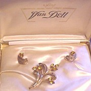 Vintage Van Dell Gold Filled with Rhinestones Pin and Earrings Set