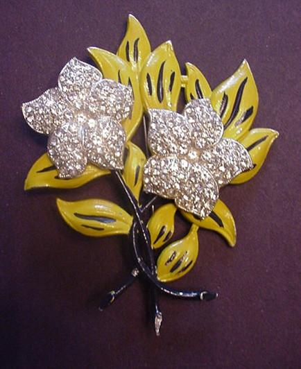 Rhinestone Flower Pin in Pot Metal with Enamel