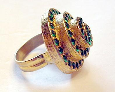 Spiraling Green Rhinestone Cocktail Ring