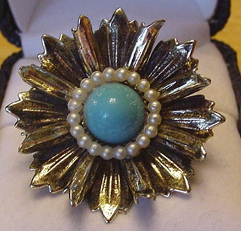 Vintage Faux Turquoise Flower Burst Ring