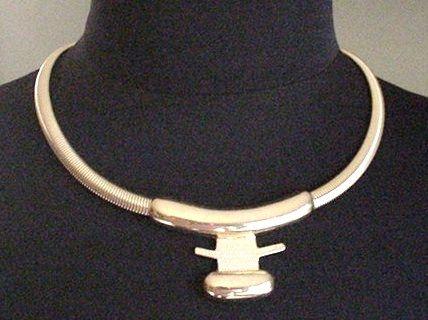 Gold tone Monet   Necklace