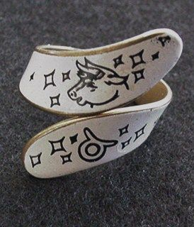 Vintage Enameled Zodiac Ring Taurus