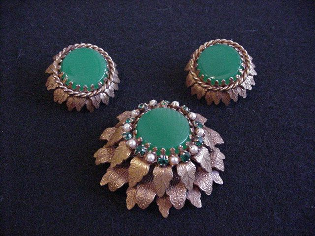 Russian Goldtone Pin and Earrings