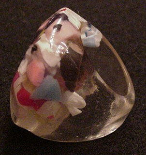 Vintage end of Day Lucite Ring