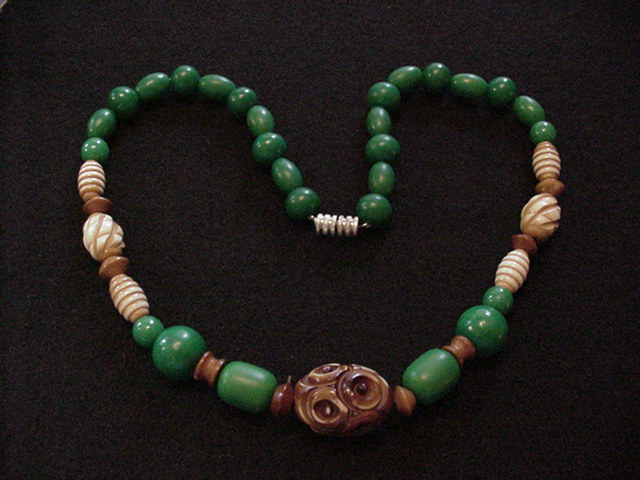 Galalith Beads Necklace