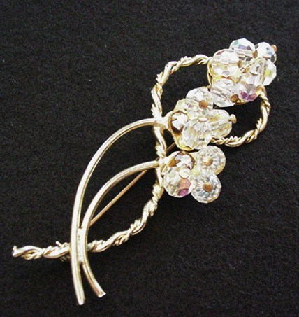 Crystal Beads Pin