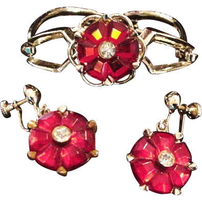 Red Glass Bracelet and Earrings
