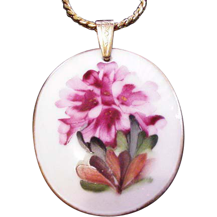 Rosenthal China Pendant Necklace