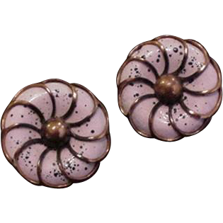 Pink Enamel Rebajes Earrings