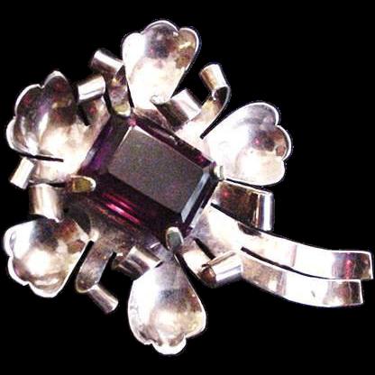 Sterling Seacutter Scrolls Pin