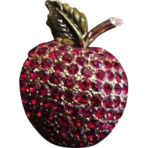 Hollycraft Apple Pin