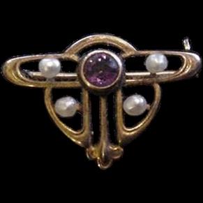Art Nouveau 10k Gold Pin