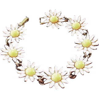 Weiss Daisy Bracelet