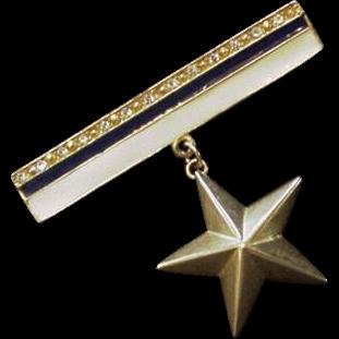 Vintage Patriotic Pin