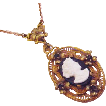 Cameo Lavalier Necklace Black Glass Vintage