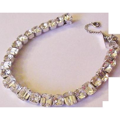 Quality Larger Rhinestones Line Bracelet