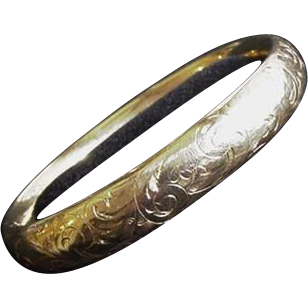 Late Victorian Engraved Double Hinged Bracelet