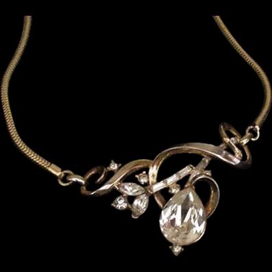 Trifari Necklace Large Rhinestone