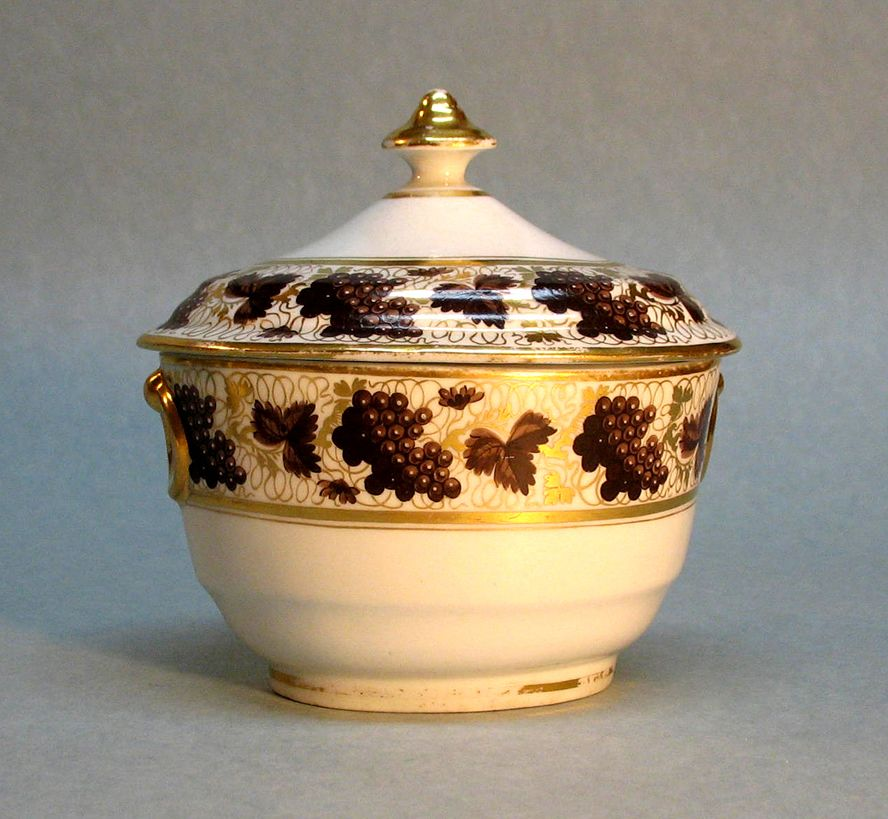 Barr Period Worcester Oval Covered Sugar circa 1800