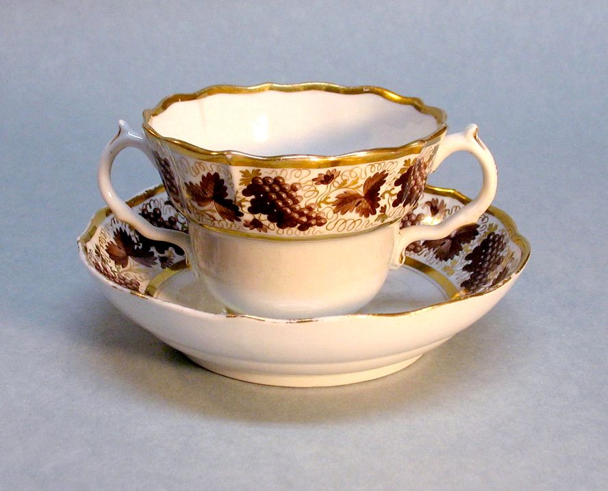Barr Period Worcester Porcelain Chocolate Cup/saucer circa 1800