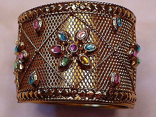 Gold plated metal With Rhinestones Ornate Clamper Bracelet