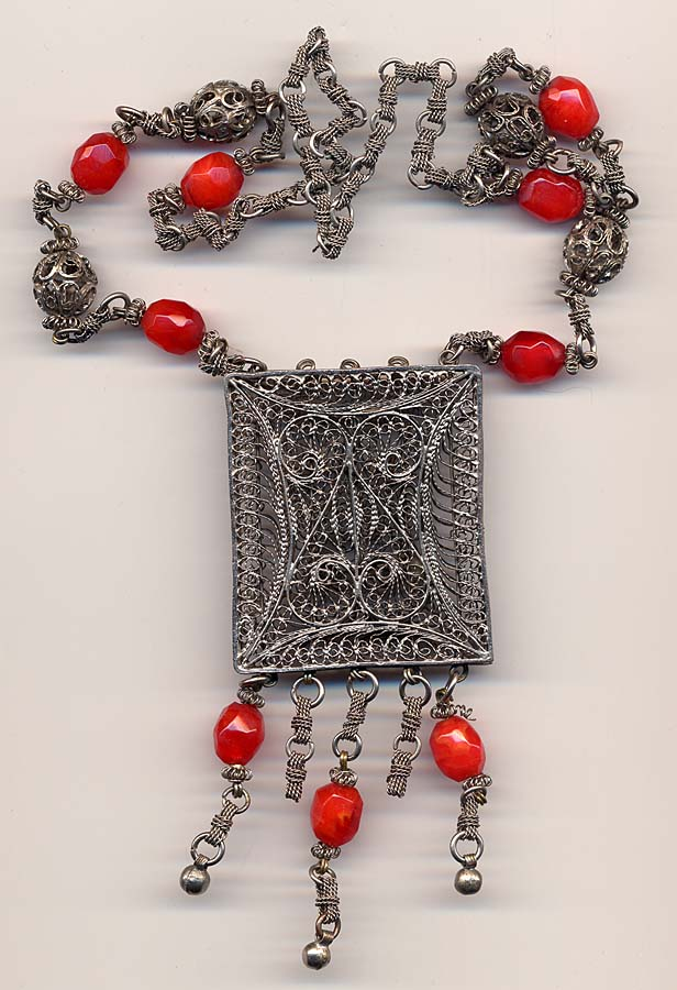 Ethnic Silver and Carnelian Colored Beads and Wire Necklace