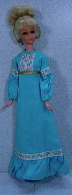 Mattel 1970 Francie with Growin' Pretty Hair in The Long View Outfit.