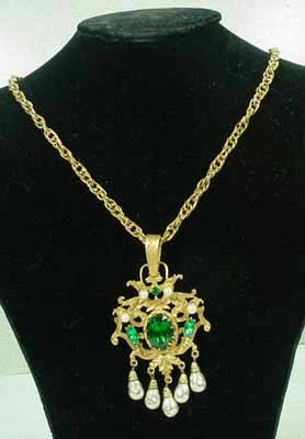 Beautiful Coro Craft Jeweled Pendant, 1950's.