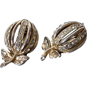 1950's Gold Tone&Rhinestone Apple Clip on Earrings