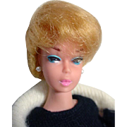 Vintage Barbie Lt. Blond Bubble Cut w/ Pink Lips, 1962