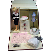 Madame Alexander Cissette Gracey Kelly Trunk Set, Ltd. Edition