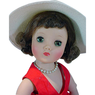 Beautiful VIntage Madame Alexander Elise Doll, 1950's