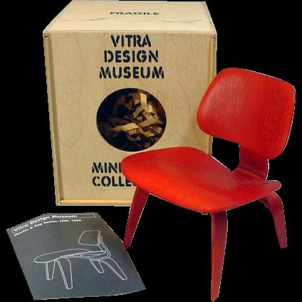 Vitra design museum miniature eames chair for 12 fashion for Vitra replica shop