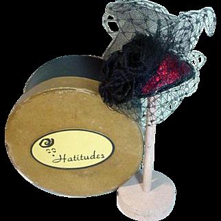Madame Alexander Cissette Size Hat w/Hat Box, 1990's