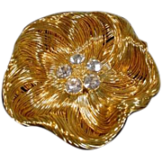 Lovely Goldtone Monet Ladies Brooch, 1980's