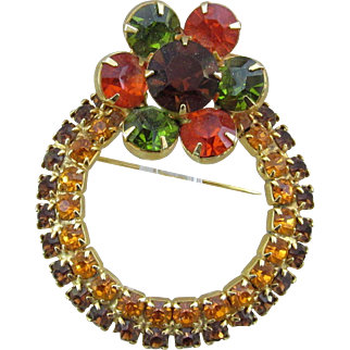 Gorgeous Vintage Rhinestone Wreath Shaped Pin
