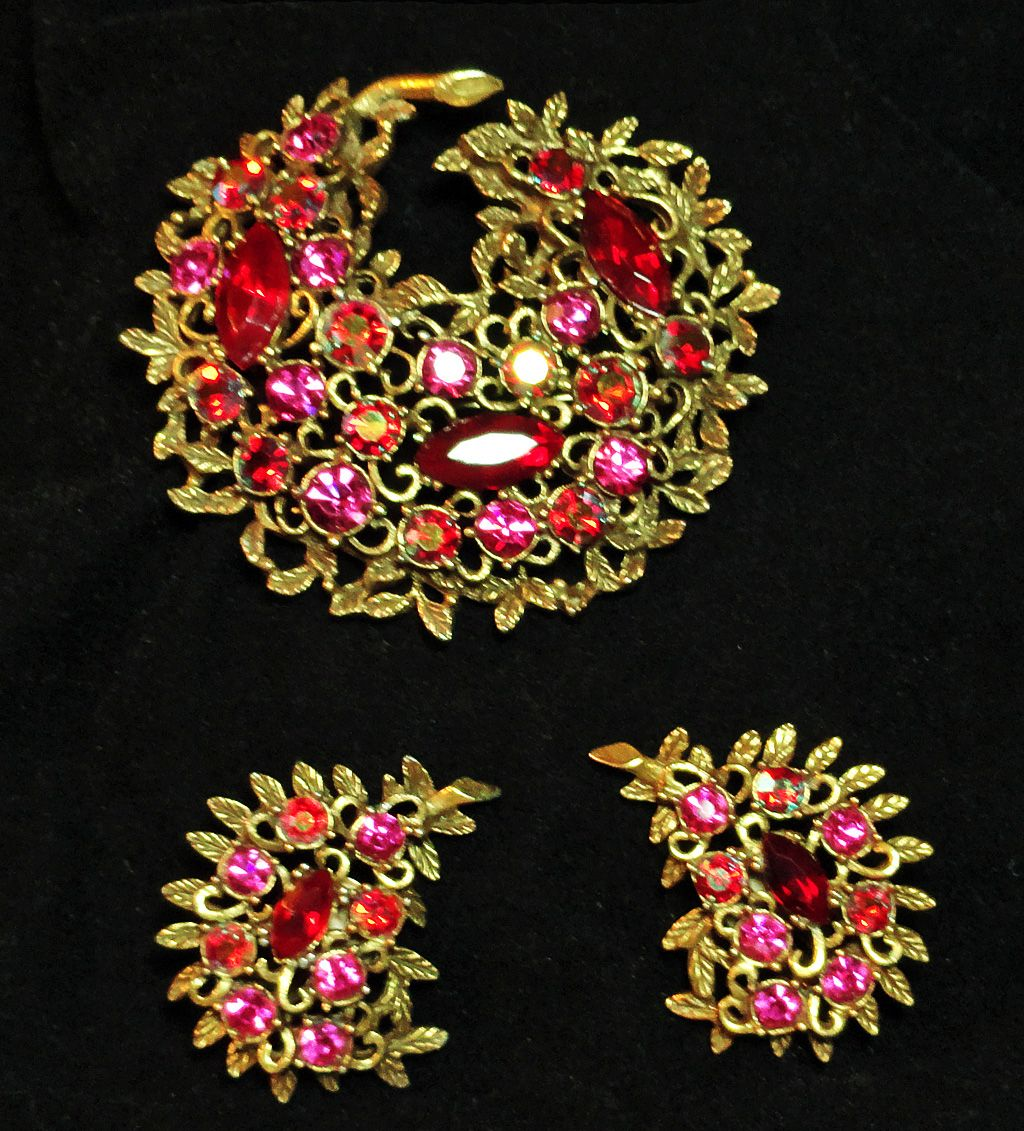 Emmons Red Pink Aurora Borealis Rhinestone Brooch and Earrings Demi