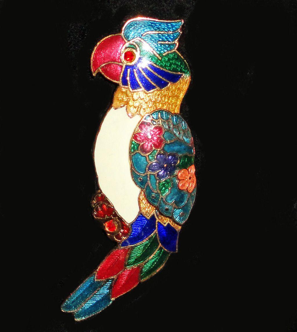 Guilloche Basse Taille Enamel Rhinestone Parrot Brooch